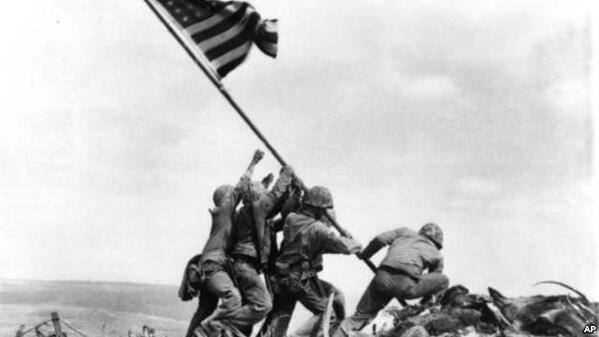 23 February 1945 Our American flag was raised by 5 Marines and one Naval Corpsman on top of Mt. Surabachi #IwoJima http://t.co/VUMfnMWWGL