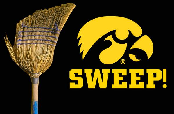 Iowa Baseball (@UIBaseball): #SWEEP  #Hawkeyes http://t.co/Lz471Thd53
