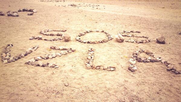 Nuestro granito de arena desde México por Venezuela!! #SOSVenezuela en el nevado de Toluca http://t.co/qOWRr9Ztba