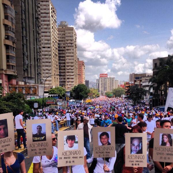 """@copipega: """"@JaviersQuero: Ellos no saldran en carnaval... Y TU?  VAMOS #VzlaElQueSeCansaPierde http://t.co/yFElV7BdAl @copipega"""""""""""