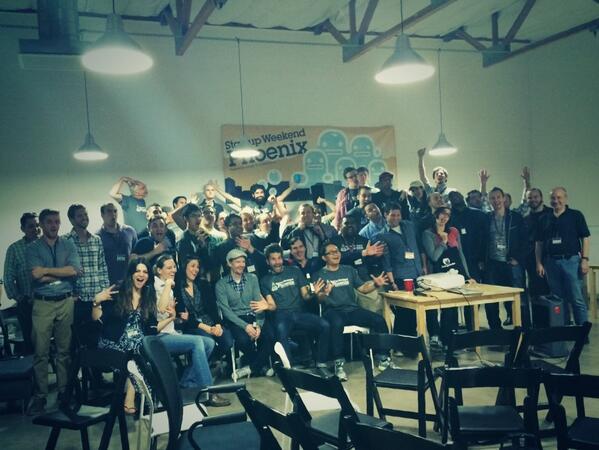 The @StartupWeekend Phoenix crowd is friggin awesome. #groupphoto #swphx http://t.co/MJLDSTMCpX