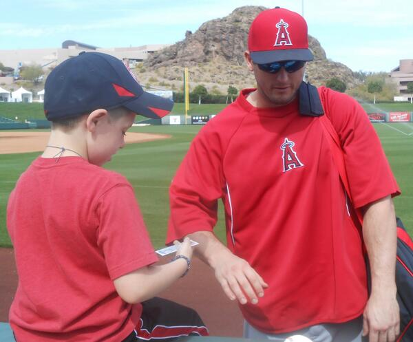 Ur welcome RT @teggle14: @Freeser6 ty for signing for my son today #2014success http://t.co/LFXSKZqipU