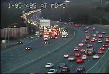 Here's a look at the Outer Loop at Route 5. ONLY the LEFT Lane gets by due to a crash. #MDTraffic --> http://t.co/LfiBdtnoyi