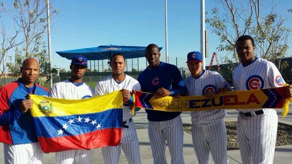 "Chicago Cubs #VenezuelaNoEstaSola http://t.co/F5aLMyCbyS"""