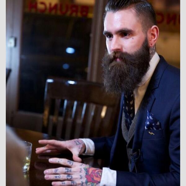 So stylish!! Here's one for you @suitsandtats #BeardsAndTats RT http://t.co/Qa6DGLGAkK