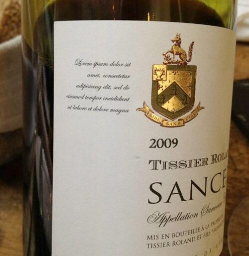 Lorem Ipsum on the bottle of wine! http://t.co/jft5Z6W70v