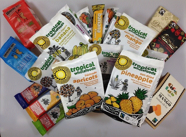 FLW/RT to win #Fairtrade hamper with TW,@mulebar @Liberation_Nuts @divinechocolate @cocoalocochoc winner chosen 28/2! http://t.co/dHQqlxo1M6