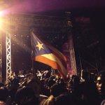 RT @jekrystina: @Calle13Oficial  tu pueblo te espera !!#frentealreloj http://t.co/ejrZtYj15H