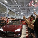 Tesla Model S Is Top Car of 2014, 'Consumer Reports' Says http://t.co/Nhc6ToLtSc http://t.co/6OxRUPK7h4