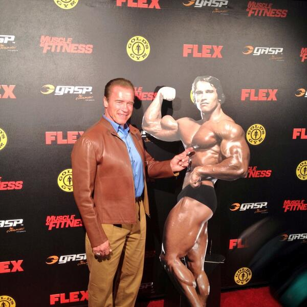 The man of the hour @Schwarzenegger is here for the @FLEX_Magazine cover party! Lots of big name in the house! http://t.co/HNEfswcMmq