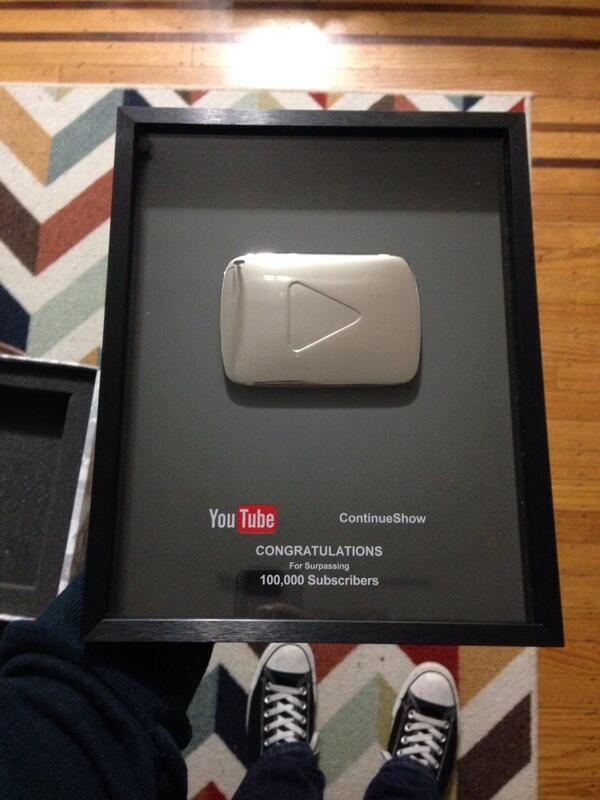 .@YouTube sent us this plaque in honor of reaching 100,000 subscribers. Thanks, guys! And thank you, subscribers! http://t.co/vJjqoakitW