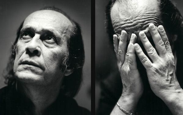 Muerto Paco de Lucía lloran las guitarras, descanse en paz. http://t.co/33rGnaouT8