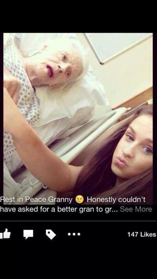 Girl takes a duck faced selfie... With her dead Grandmother.  I. Shit. You. Not!! http://t.co/LEdrYNcPRL
