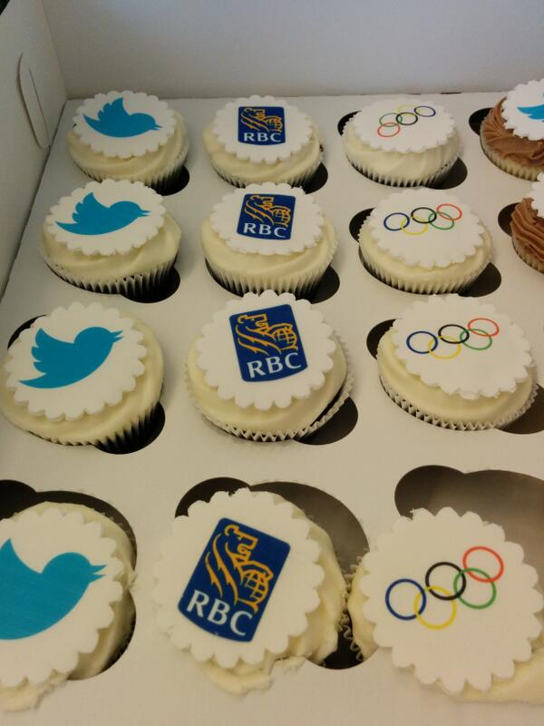 Thanks to @TwitterCanada for these yummy cupcakes!