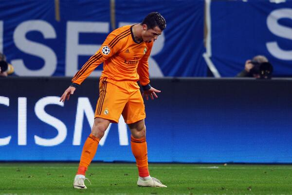 Tonight, Cristiano Ronaldo became the third player to score 60+ goals in the Champions League. Who are the other two? http://t.co/ZZtHFDZvj0