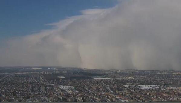 NOW: A look from #CTVChopper at the squall line that is wreaking havoc on roads north of #Toronto right now. http://t.co/DHFClAcuZI