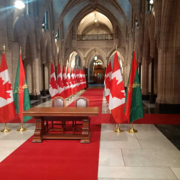The Hall of Honour in Parliament looks quite grand today as we await the visit by His Highness the Aga Khan. http://t.co/PQiucuzO7a