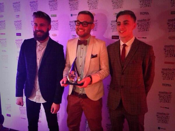 """WOW! We just won """"Meteor Choice Song Of The Year"""" for #NGWA thank you all SO MUCH for the support #LoveYouAll #ORB http://t.co/ay9bmgJJDi"""