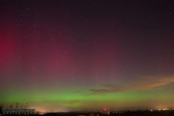 Awesome #NorthernLights picture over Ruardean Hill last night http://t.co/tJJ8ujr0Av  #auroraborealis http://t.co/GT4YBjr5DZ