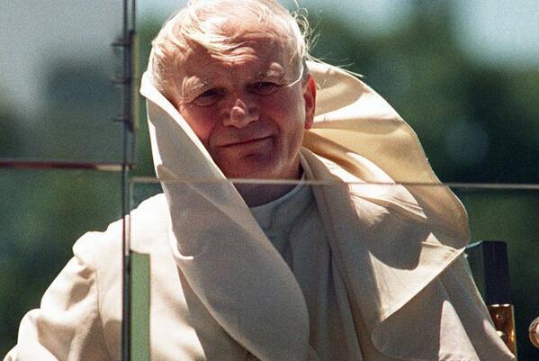 #JuanPabloII será declarado santo este 27 de abril http://t.co/pGrb1tZ2nH http://t.co/xK2jAMxOQO