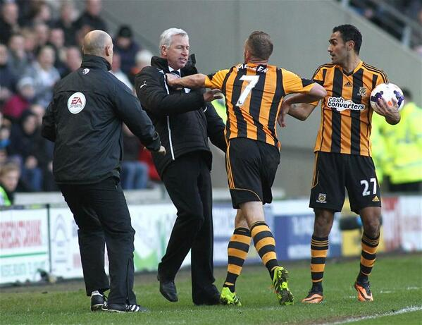 BhqDNgwCYAA Grw Every angle of Newcastle boss Alan Pardew headbutting Hulls David Meyler in 12 pictures