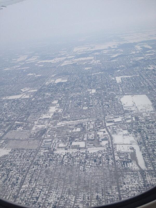 Wow Toronto looks cold!  Missing #vancouver already. http://t.co/WVMxYhcuWr