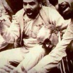 """@anupamtr: Rare photo of @narendramodi & Dr Joshi facing Police brutality in 1993.Protecting them is ex-MP,Nainital http://t.co/1bTS8py7AL"""