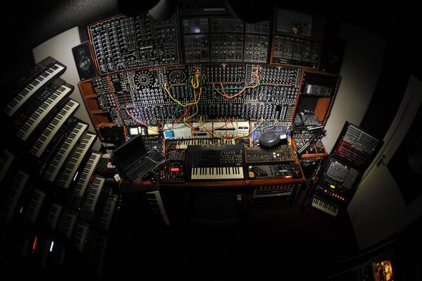 Happy CV Sunday! Love, your friends at Moog. http://t.co/UYDyhzE85T