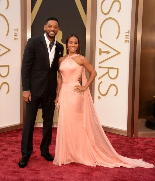 COUPLED UP!! Will & @jadapsmith at #Oscars2014. Jada is wearing a custom #VERSACE gown - http://t.co/D8HpVwADnQ