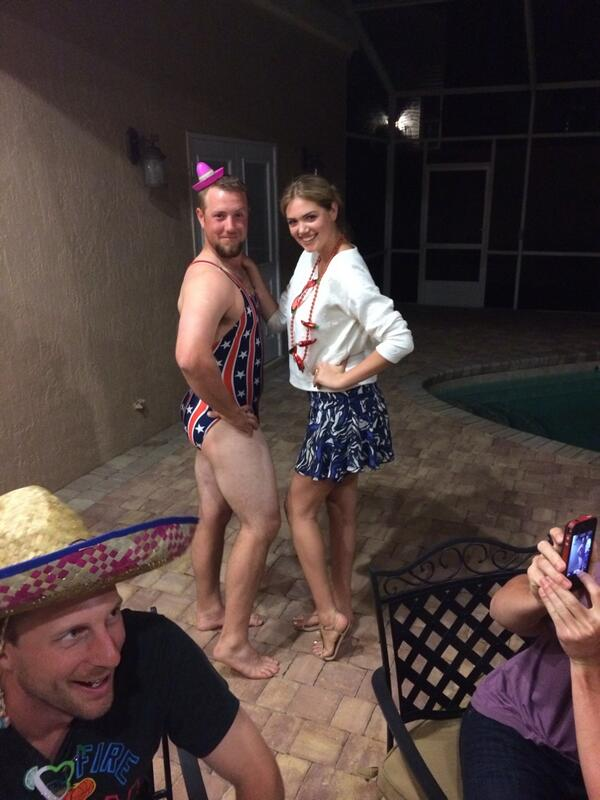 Too many bikini models in 1 room #nofilter @KateUpton @jbholaday @Max_Scherzer @JustinVerlander http://t.co/ypLhfQmBAz