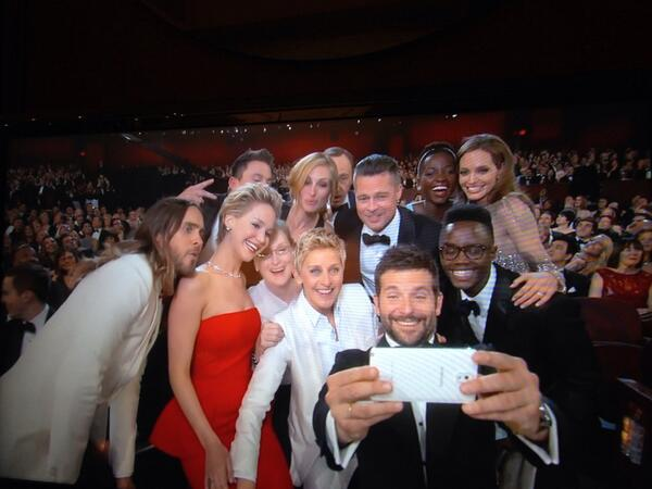 The most star-studded selfie ever? #Oscars2014 http://t.co/wzQB32THXP