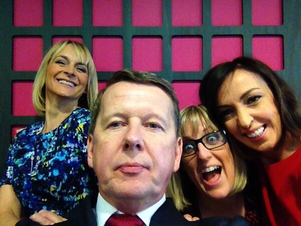 Here us our @BBCBreakfast answer to #BradleyCooper we love @billtu http://t.co/ayhlxewPUc