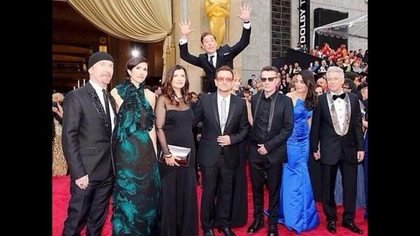 Ultimate photobomb from Benedict Cumberpqtch #Oscar2014 http://t.co/L4jby06pwj