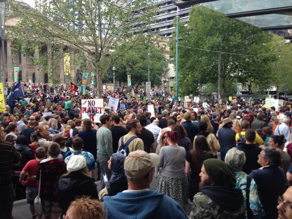 #MarchInMarch http://t.co/z8q9WPE1aO