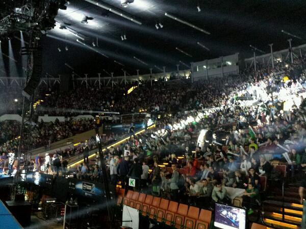 Fans ready! #EMSOne http://t.co/uIFGbRZSDv