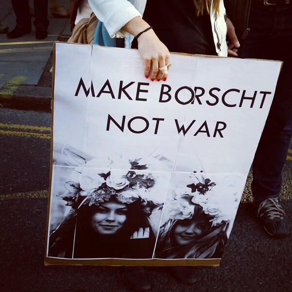 Love this #march4ukraine banner #makeborschtnotwar @ http://t.co/l7nV31GzuN