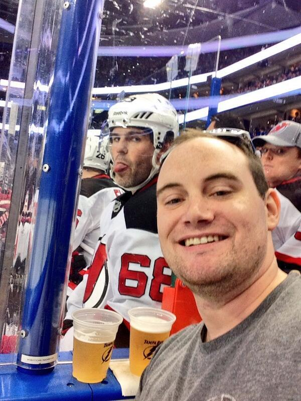 """Jagr on his photobomb: """"I knew he took the picture. I didn't know that guy was going to put it on Twitter. Photo: http://t.co/m4vvdk5UBc"""