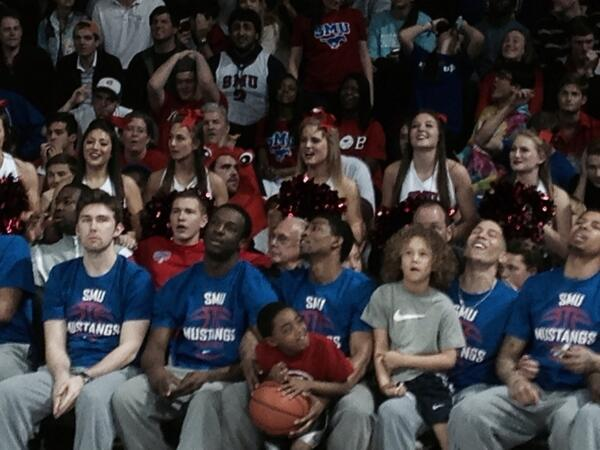 #SMU players, fans and coach Larry Brown react after missing out on #NCAA tourney. http://t.co/3hoWvnQhFS