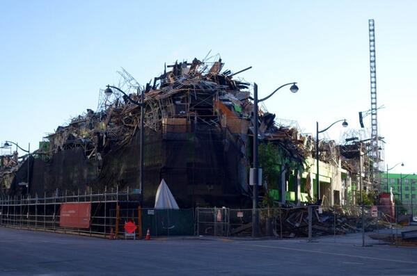The aftermath of the massive five-alarm fire in San Francisco's Mission Bay. http://t.co/ohHdtEDJHx