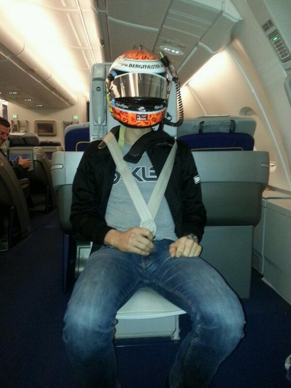 Bumpy flight .So when the flight attendant says:fasten your seat belts,you take it serious! @Driver_Problems http://t.co/1YZExjLMIu