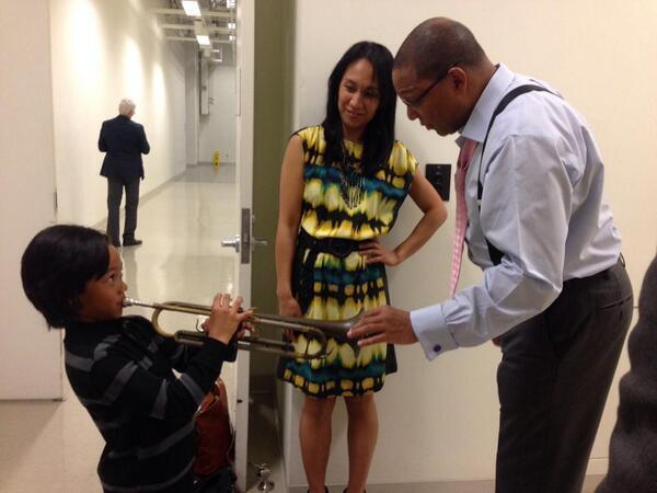 Backstage at @VPACatCSUN , trumpet lesson with the little Ajani... http://t.co/MJJAJD1keV