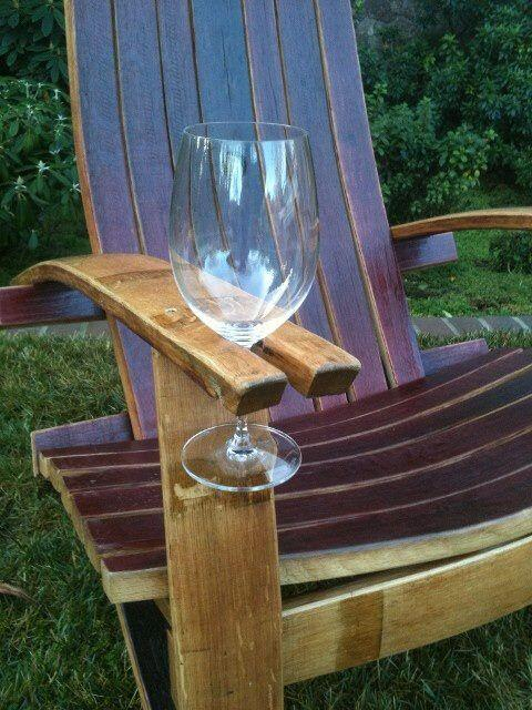 Happy Monday! Did you use this wonderful chair to enjoy the sun and some #wine this weekend?   http://t.co/pF9bijaKZw