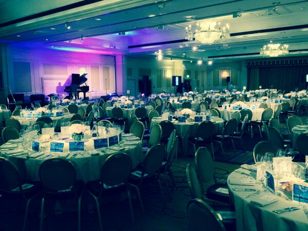 Welcome @Jewish_Care for the #HSC2014 #HSCDinner @LondonMarriott with the amazing @KathJenkins ... #PlaceToBeTonight http://t.co/qg8IwY3OzC