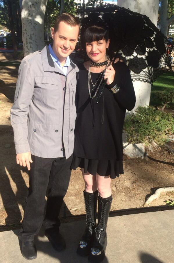 filming with @PauleyP today in the park :) http://t.co/nEkRt0IXTH
