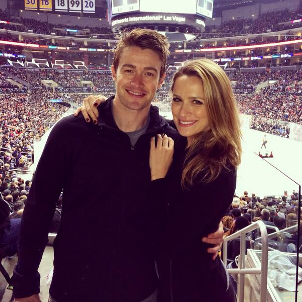A night of Bucks & pucks! @LAKings @CanadiensMTL @robertbuckley #partnerincrime #slapsticks http://t.co/uPxOmXe1nM