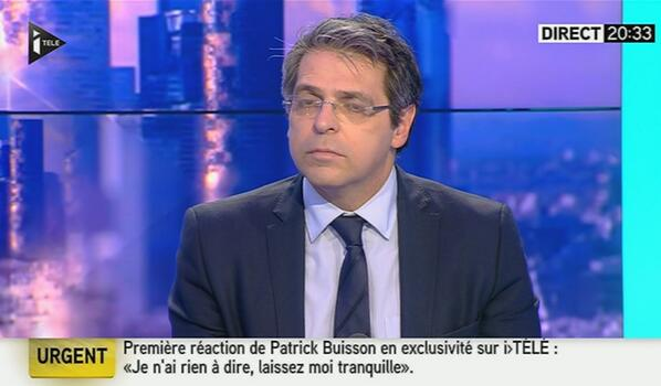 """La tristesse des chaînes info """"@tomjoubert: Ce bandeau urgent de @itele est mythique !!! http://t.co/cXCxng8qN7 #BuissonGate (via @W_Chloe)"""""""