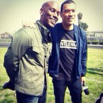 RT @MichaelYo: So inspired by @Tyrese giving back to the community! When they say you can't, you do!  #Locke #TacoBell #Insider