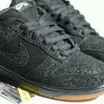 """@Heatfeetig_: @kicksonfire #Sbology custom black flip dunk low http://t.co/8Upg4wEsrb"" hey!"