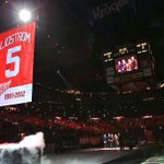 RT @DetroitRedWings: FIRST LOOK: Nick Lidstrom becomes the first defenseman to ever have his number retired by the Wings #LidstromNight http://t.co/lxayfhIp9R