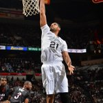 Tim Duncan posted his 8th 20/10 game of the season and the 486th of his career, most among any active player. http://t.co/GucsJbirol